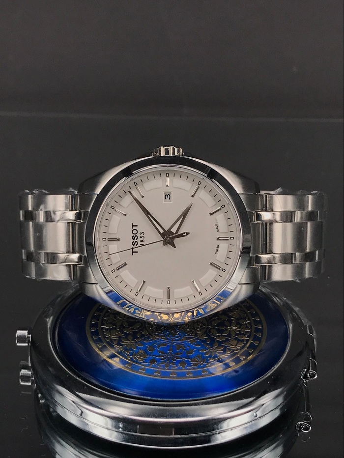 Tissot Couturier T0354101103100 Silver Dial Stainles Steel Watch