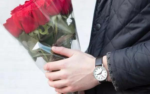 THE JOURNAL: Valentine's Day - Which watch should you wear?